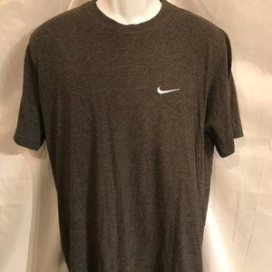Nike Athletic Regular Cut Sport Tee Shirt
